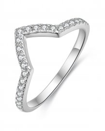CURVED WEDDING DIAMOND BAND (TR3270B)