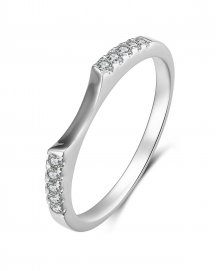 DIAMOND WEDDING BAND (TR489B)